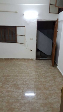Show Room in Achrafieh - غرفة ومطبخ وحمام للأيجار بلأشرفية