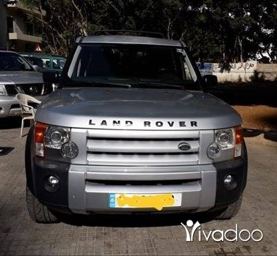 Rover in Beirut City - Land rover 2006