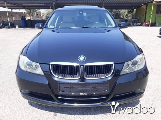 BMW in Beirut City - Bmw 320 like new for sale