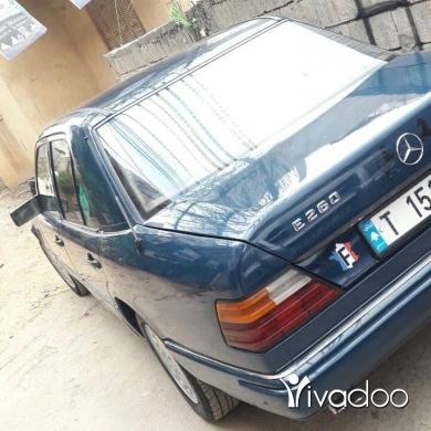 Mercedes-Benz in Abdeh - سيارة مرسدس 260