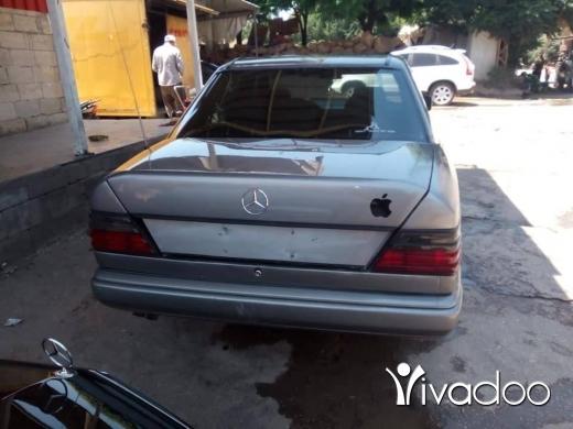 Mercedes-Benz in Al Beddaoui - mercedes 300