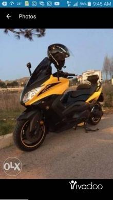 Barossa in Berj Hammoud - tmax 500cc full malossi