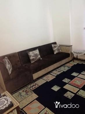 Carpets & Flooring in Beirut City - للبيع صالون بحالة جيدة زاوي قطعتين كباروزاوية