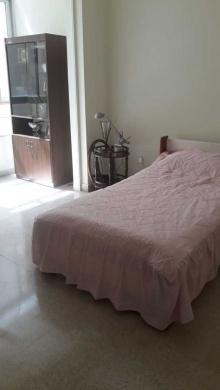 Apartments in Achrafieh - شقة 220م للإيجار مع فرش أو بدون فرش
