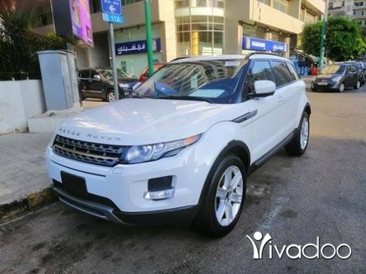 Rover in Beirut City - EVOQUE 2012 WIHTE AND BLACK CLEAN CAR FAX 1 OWNER!!!!!
