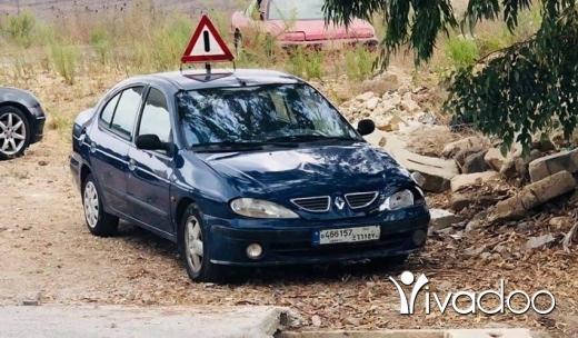 Renault in Akkar el-Atika - رينو ميغان 2000 03/166351