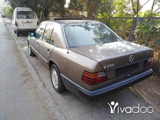 Mercedes-Benz in Al Beddaoui - mercdes 300