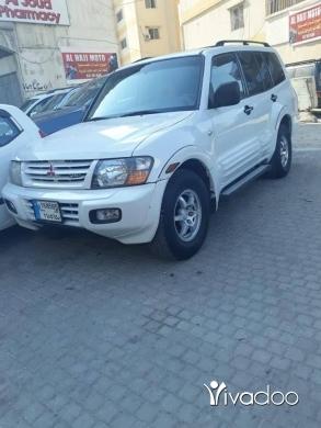 Mitsubishi in Tripoli - Mutsibishi model 2002