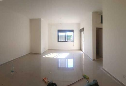 Apartments in Ballouneh - Apartments for sale Ballouneh 128m garden 90m B