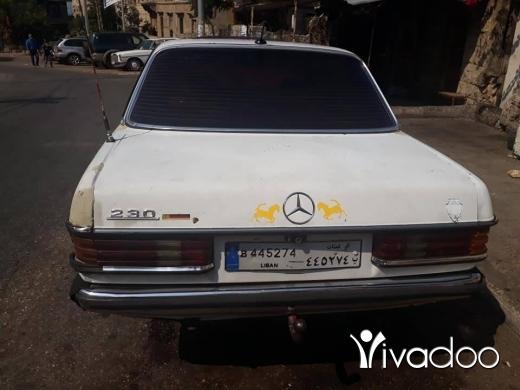 Mercedes-Benz in Tripoli - سياره لف ميزوت ٢٤٠ مودل ٧٧ انقاض