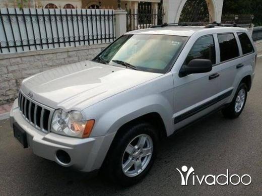 Jeep in Zgharta - Laredo cherokee V6 mod 2005 phone 03 19 15 33