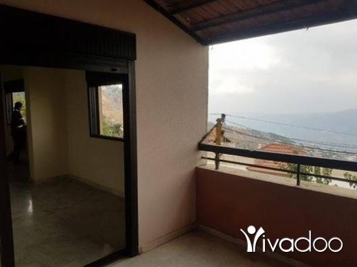 Apartments in Bhamdoun - للبيع شقة في بحمدون المحطة حوالي 120 م 3 غرف صالون سفرة حمامين. سند وبير وموقف وموتور مياه لا تنقطع