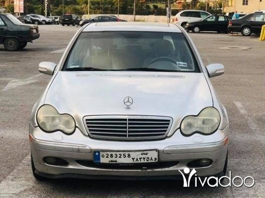 Mercedes-Benz in Jbeil - mercedes c320 2001 full options for inf: 71010821