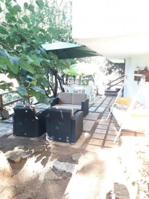Apartments in Bsalim - شقة مع تراس للبيع في بصاليم