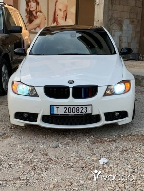 BMW in Batroun - BMW E90 330i