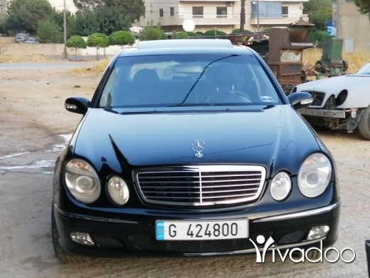 Mercedes-Benz in Zahleh - Mercedes e 320 2003