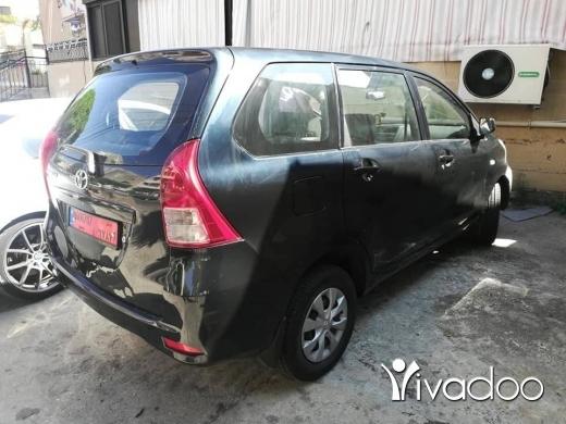 Toyota in Saida - تويوتا أفانزا موديل الفين ١٥ والنمرة للإيجار