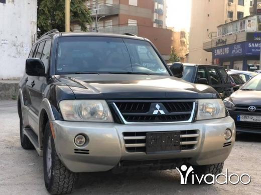 Mitsubishi in Port of Beirut - Mitsubishi Montero 2003