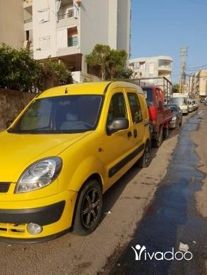 Renault in Chtaura - ربيد كونغو موديل 2004 نضيف