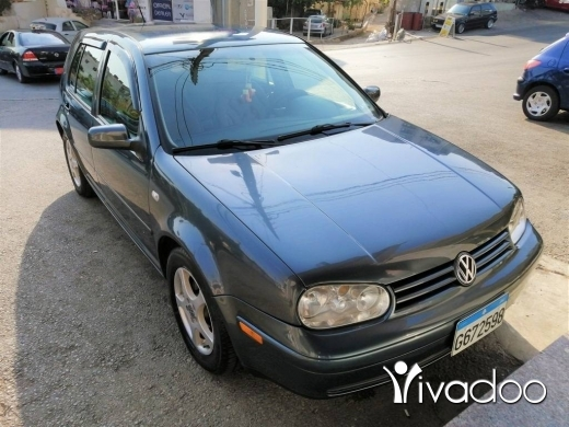 Volkswagen in Jbeil - Golf 4 Full Option Super Clean