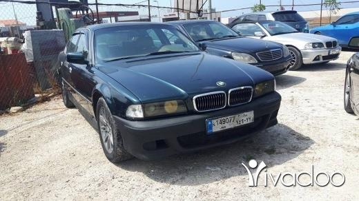 BMW in Port of Beirut - bmw 740 v8 96