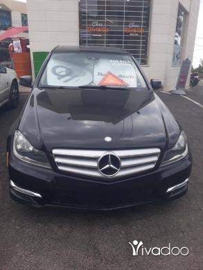 Mercedes-Benz in Port of Beirut - سيارة mercedes