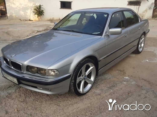 BMW in Beirut City - bmw serie 3 for sale silver or black