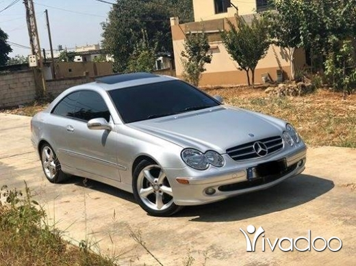Mercedes-Benz in Zgharta - Clk 320 silver on black 2003 super clean