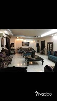Apartments in Beirut City - شقة ٧ غرف و غرفة خادمة مساحة ٢٥٠ متر