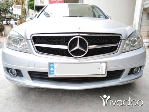 Mercedes-Benz in Dekouaneh - Mercedes C200 kompressor