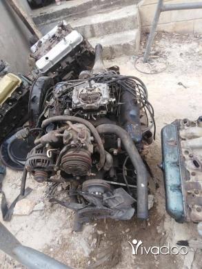 Replacement Parts in Akkar el-Atika - Moteur dodge kemil ma3 vitesso v8 318