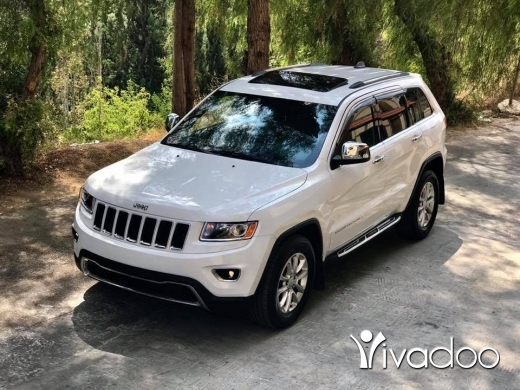Jeep in Damour - Grand cherokee