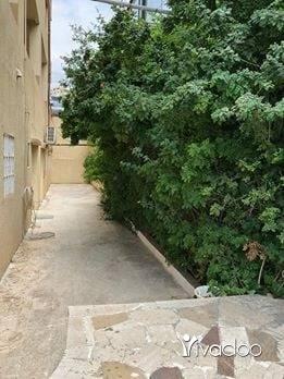 Apartments in Aramoun - شقة بعرمون 200 متر مع جنينة 100 متر ب165 الف