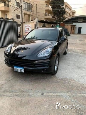 Porsche in Choueifat - 2011 porsche cayenne S