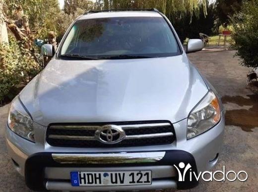 Toyota in Beirut City - Rav4 4wd اجنبي.امكانية الفجص بالكتمل.٧٠٤٥٥٤١٤