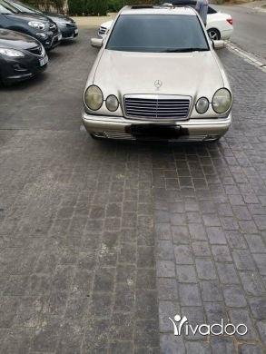 Mercedes-Benz in Beirut City - Mercedes E 320 mod 98