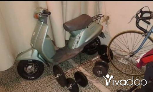 Baotien dans Port de Beyrouth - Motorcycle