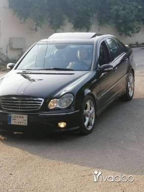 Mercedes-Benz in Halba - C320 2005 mercedres