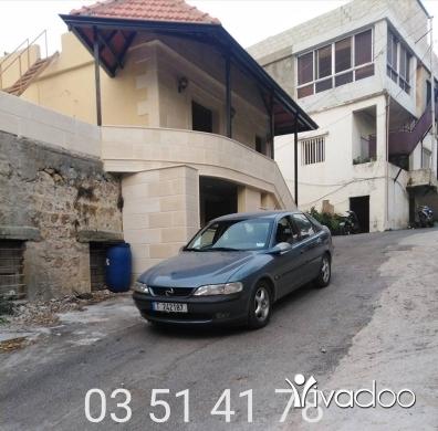 Opel in Akkar el-Atika - سياره أوبل فيكترا