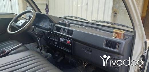 Vans in Tripoli - بوسطة متسوبتشي للبيع