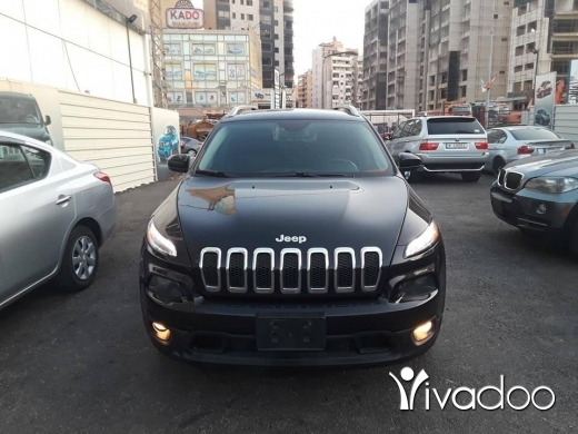 Jeep in Beirut City - Jeep Cherokee model: 2014