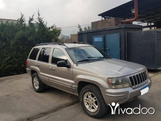Jeep in Beirut City - Grand Cherokee v8 mod 2000// For info : 71195043