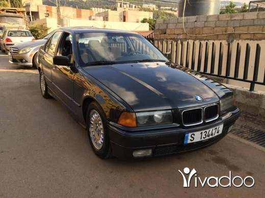 BMW in Beirut City - Bmw 325 i full option in mint condition