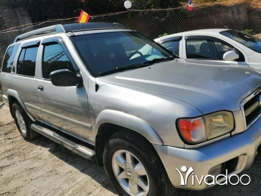 Nissan in Choueifat - للبيع نيسان بسفندر موديل 2002