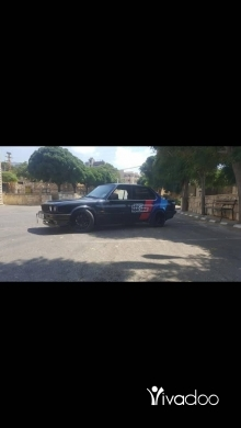 BMW in Beirut City - E30