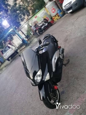 Honda in Beirut City - Yamaha tmax 500cc full ghrad for sale or trade