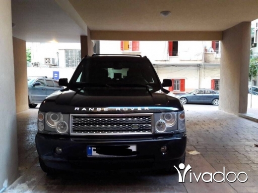 Land Rover in Furn Al Chebak - Very Clean Car for sale
