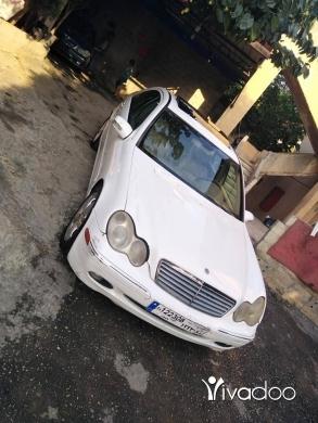 Mercedes-Benz in Tripoli - ٣٢٠ mercedes ٢٠٠١