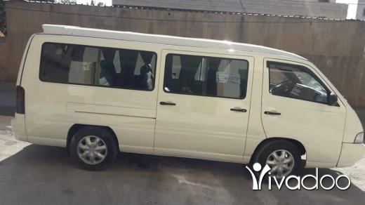 Vans in Bekka - مرسيدس ٢٠٠١ للبيع ونمرا اجار شي مرتب