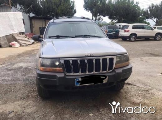 Jeep in Beirut City - Cheroki laredo 2001